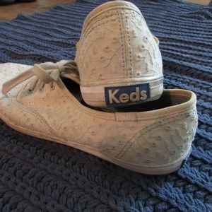KEDS Size 8.5 Grey Sneakers